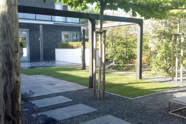 Ontwerp en aanleg achtertuin Oudvaart Duiker Sneek
